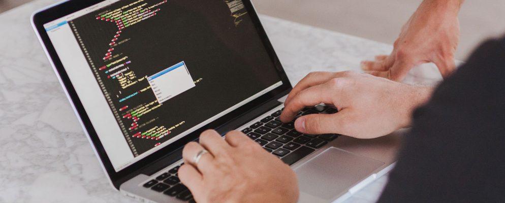 افضل شركة لتصميم وبرمجة المواقع التعريفية 2 CodeShip
